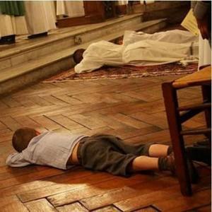¿Confesarse durante la misa?